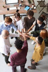 Det tætte samarbejde i virtuel ledelse